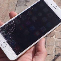 Tips Merawat Layar Smartphone